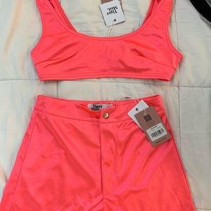 Tiger Mist Other - 2 piece matching set Neon Pink (not used)